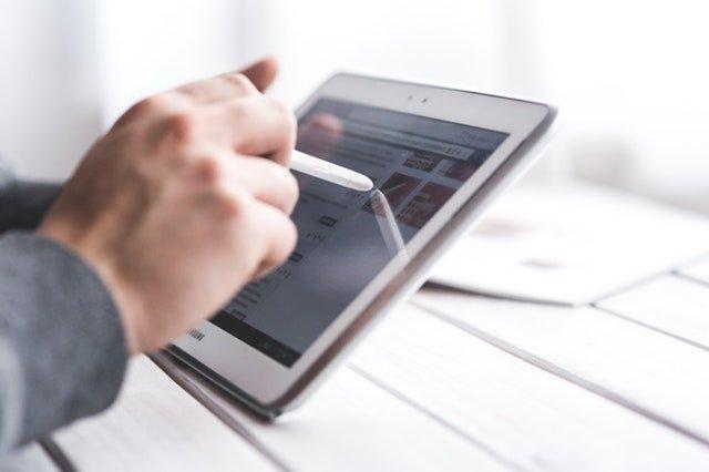 Simpel digitalisering sparer mange penge i danske B2B virksomheder