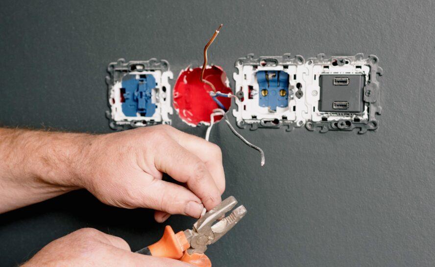 Sådan bliver du elektriker